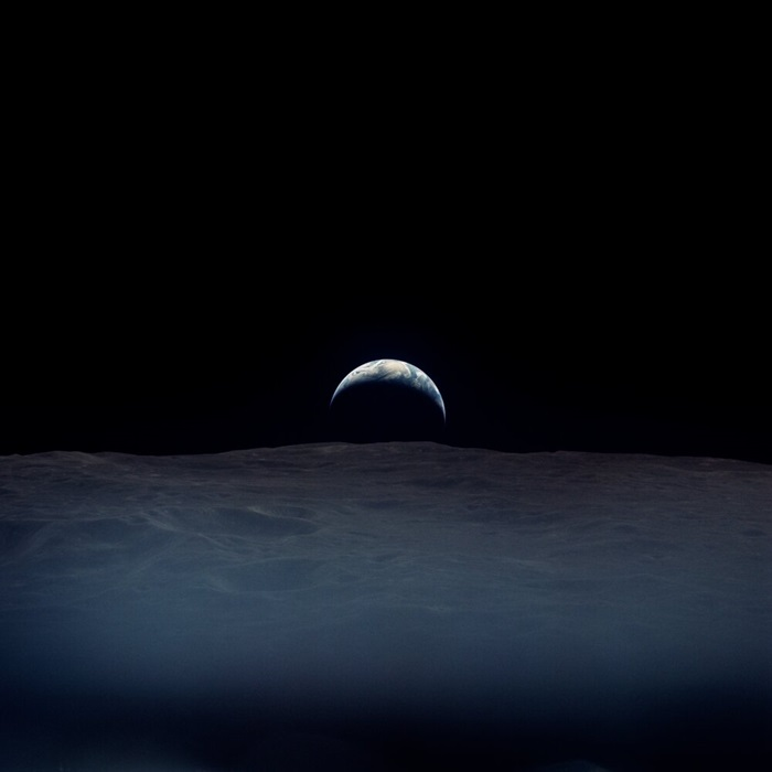 Apollo 12 earthrise